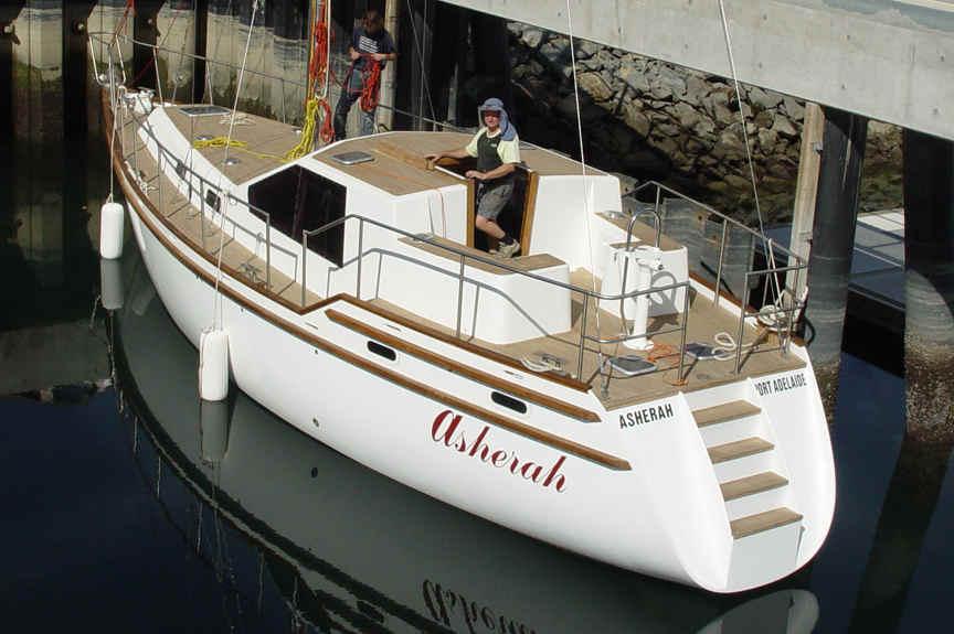 Roberts 370 STEEL KITS, boat plans, boat building, boatbuilding, steel boat kits, boat kits