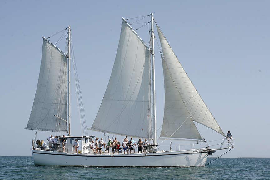 Boat plans Trader 65 sailing work boat